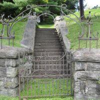 Back Entrance, Порт-Честер