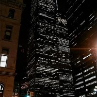 05030052 March 5th, 2000 New York WTC Twin Towers at night  - NW view, Ред-Оакс-Милл