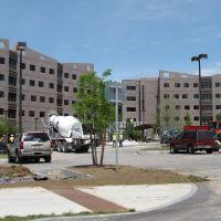 Liberty Terrace Dormitories Under Construction, Росслевилл