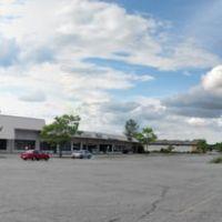 The Dutchess Mall Parking Lot, Фишкилл