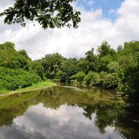Cayuga Creek - Cayuga Trail in Stiglmeier Park, Cheektowaga, NY, Чиктовага