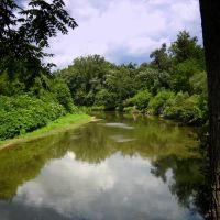Cayuga Creek at Stiglmeier Park - Cheektowaga, NY, Чиктовага