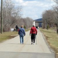 (copyrighted) walkers on rail trail 4/11, Эндикотт