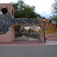 Albuquerque, NM: Plaza Vieja/Old Town East Entrance, Альбукерк