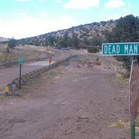 Dead Mans Canyon, Декстер