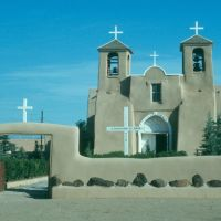 W6-St. Francis of Assisi Mission in Taos 73, Ранчос-Де-Таос