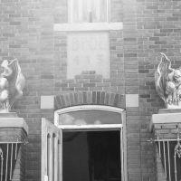 Gargoyles on Market St., Силвер-Сити