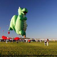 Dragon Balloon, Тийерас