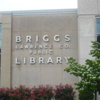 Briggs Lawrence County Library, Айронтон