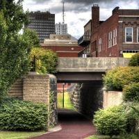 Akron, Ohio - Ohio Erie Canal Towpath Tunnel - Chris Stahl, Акрон