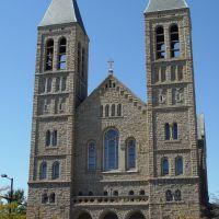 Church, Акрон