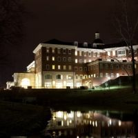 A late night scenery view of baker center, Атенс