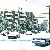 Snowy Riverpark Towers Building 33, Атенс
