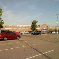 Walmart in Bedford, Ohio, Бедфорд