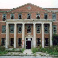 Ypsilanti State Hospital, 2004, Браднер
