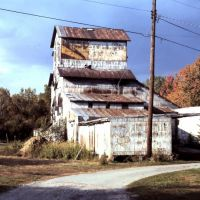 Old Mill - Bettsville, Ohio 1989, Бургун