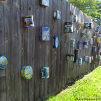 Tin Boxes on a Fence, Вустер