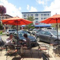 al fresco on the square in Wooster, Ohio, Вустер