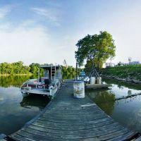 Boat Dock, Девола