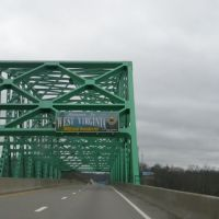 Bridge over Ohio River at West Virginia border., Девола