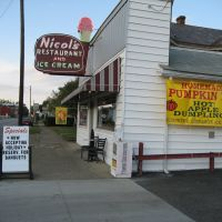 Nicoles Restaurant - Zanesville, Занесвилл