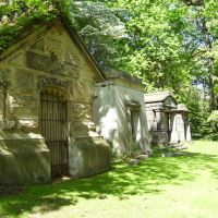 Lakeview Cemetery masoleums, Ист-Кливленд