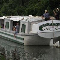 St. Helena III canal boat, Ohio and Erie Canal Towpath Trail, Канал-Фултон