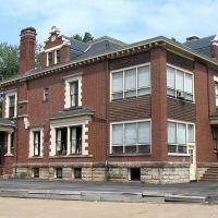 Harry S. Renkert House, 1414 Market Ave., N., Canton, OH, Кантон