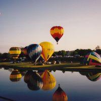 Adams Street Bridge Balloon launch, Касстаун
