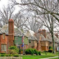 Forest Hills - Rockefeller Houses, Кливленд-Хейгтс