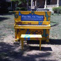 Play Me Im Yours Piano Wyoming, Линколн-Хейгтс