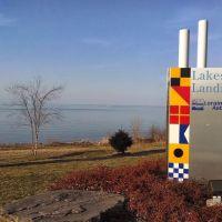 Lakeside Landing, Лорейн
