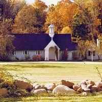 St. Huberts Chapel Kirtland Hills, Ментор