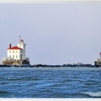 Lighthouse at the mouth of the Grand River, Ментор