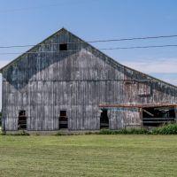 Rustic Barn, Миллбури