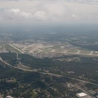 Cleveland Hopkins International Airport, Норт-Олмстед