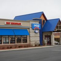 IHOP at the  Northgate Square, Нортбрук