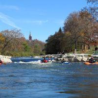 Kayaking at Snyder Park Park & Play, Нортридж