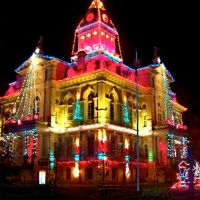Newark, Ohio, Licking County Courthouse at Christmastime., Ньюарк