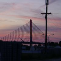Veterans Glass City Skyway-Dusk, Орегон