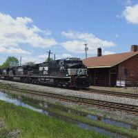 NS Train, Orville, Оррвилл