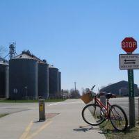 Mill Creek Metroparks Bikeway, Остинтаун