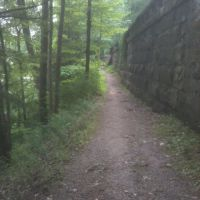 Hiking Trails in Mill Creek Park Youngstown, Остинтаун