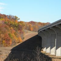 I 80 turnpike bridge over towpath near boston mills as seen from Riverview Rd., Пенинсула