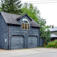 Neat Garage, Пенинсула