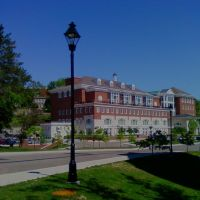 Ohio University Baker Center, Плайнс