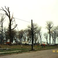 november 2002 tornado damage lakeview park, Порт-Клинтон