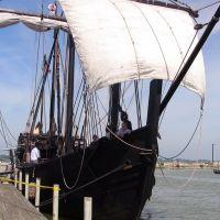 Christopher Columbus Replica Ship Nina at Dock in Sandusky Harbor, June 2007, Сандуски