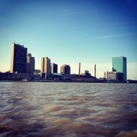 Toledo Skyline seen from a boat on the Maumee River, Толидо