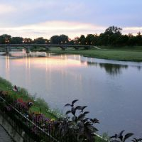 Adams St Bridge - Twilight, Трои